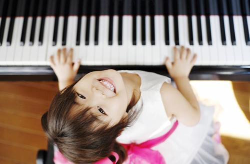 ピアノの練習が嫌い…。そんな気持ちを「練習したい!」に変えた、先生のある提案とは?のタイトル画像