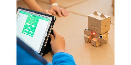 ひらめきを育てる!プログラミング×ダンボールロボットの工作キットのタイトル画像