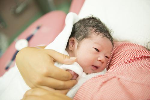 超ポジティブなわたしが突然ネガティブに。2人目出産で抱えた不安<第三回投稿コンテスト NO.42>のタイトル画像