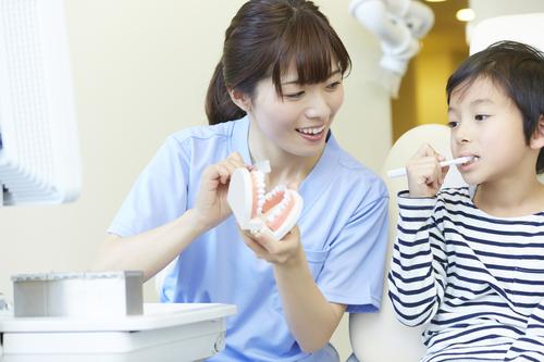 3ヶ月に一度の歯科検診が、子育ての味方に!母の心の支えになるワケは?のタイトル画像