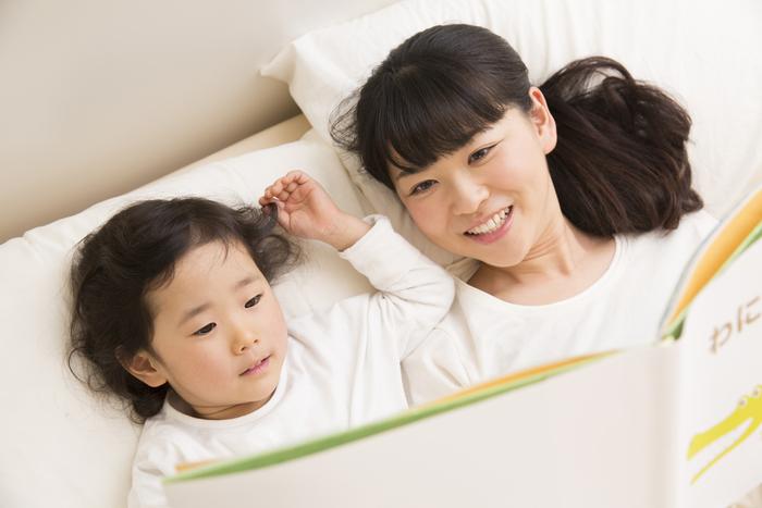 子どもたちが毎晩寝ない。本選び、ママの隣を奪い合い、終わらない寝かしつけ。の画像1
