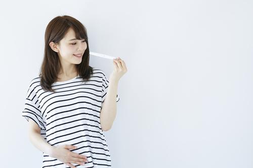 排卵検査薬の正しい使い方はコレ!陽性の判断基準やオススメ商品教えますのタイトル画像