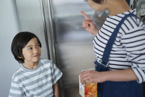 臨時休校でひきこもり生活。袋麺をガサゴソする子どもたちに、怒らなくてよかった理由。のタイトル画像