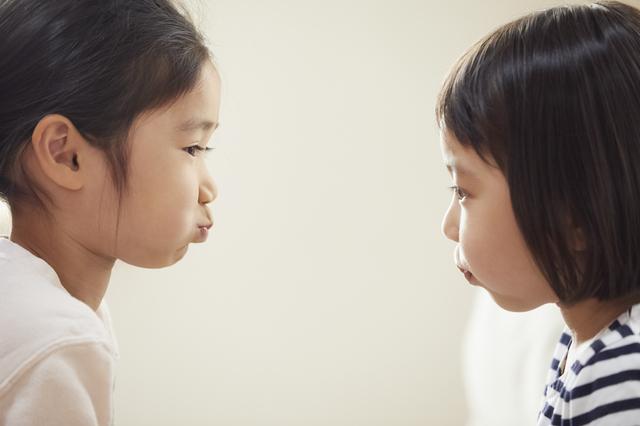 赤ちゃん~幼児期、友だちとの関わり方はどのように変化する?の画像1