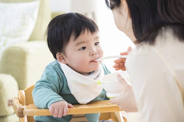 赤ちゃんの便秘、病院に行く目安は?綿棒浣腸などお家でできる対策も紹介の画像4