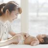 赤ちゃんの便秘、病院に行く目安は?綿棒浣腸などお家でできる対策も紹介のタイトル画像