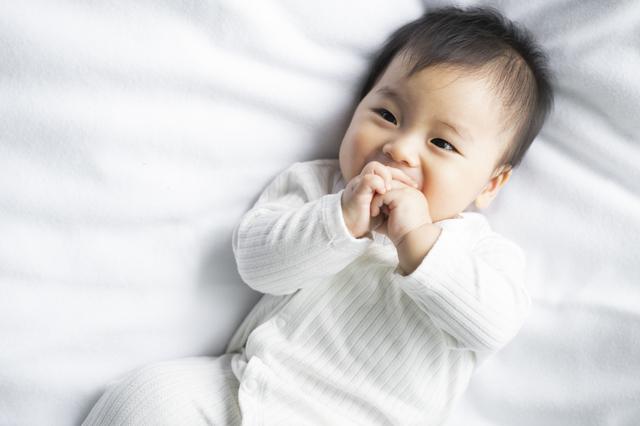 赤ちゃんが泣き止む方法って?先輩ママが試した泣き止ませ対策などを紹介の画像8