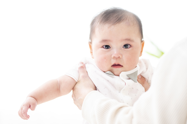 赤ちゃんが泣き止む方法って?先輩ママが試した泣き止ませ対策などを紹介の画像4