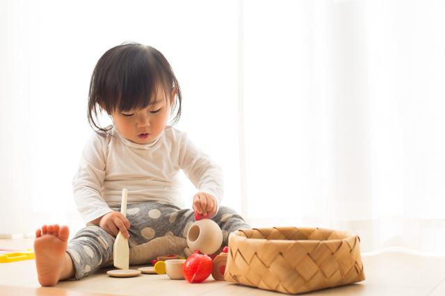 1歳におすすめの遊びは?屋外、室内での楽しい遊び方とそのメリットを紹介の画像1