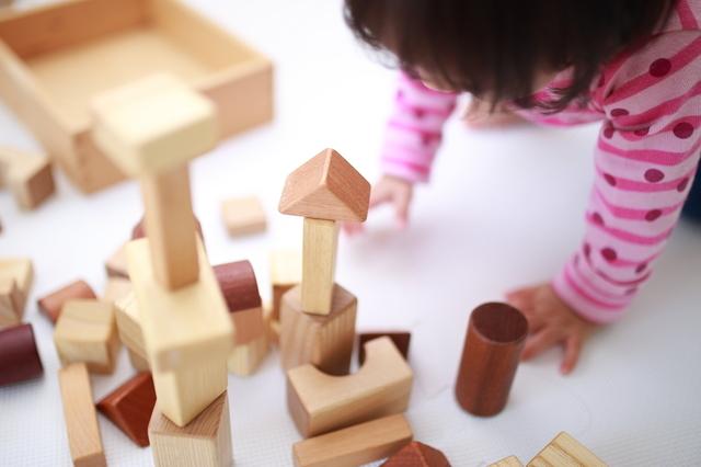 1歳におすすめの遊びは?屋外、室内での楽しい遊び方とそのメリットを紹介の画像4
