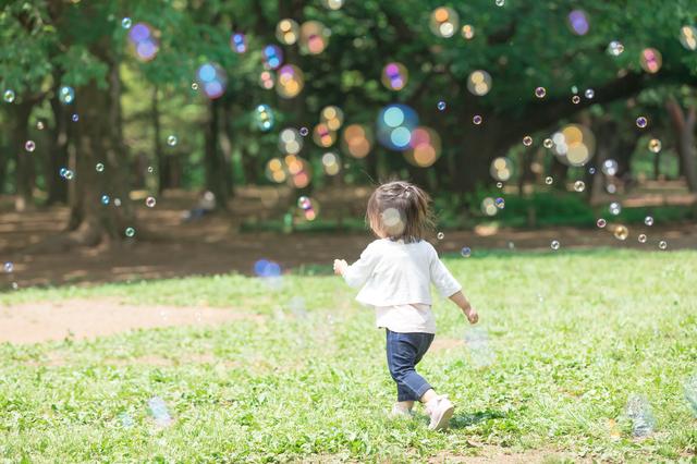 2歳児におすすめの外遊びは?外遊びのメリット、体を使ったゲームも紹介の画像8
