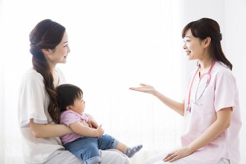 【医師監修】0歳児の予防接種はいつ何を受ける?種類やスケジュール、注意点をご紹介のタイトル画像