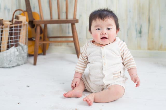 赤ちゃんがお座りするのはいつ?練習方法や注意点を紹介しますの画像2