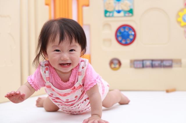 赤ちゃんがハイハイするのはいつから?時期や練習方法、お部屋づくりも紹介の画像3