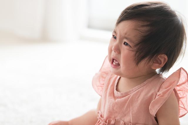 赤ちゃんの後追いはいつから、どんな感じではじまる?時期や対処法も紹介の画像1