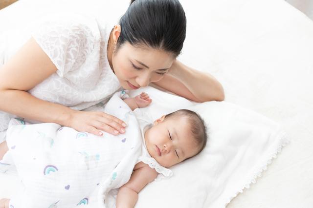 赤ちゃんの夜泣きはいつまで?なぜ泣くの?原因や対処法などを紹介の画像5