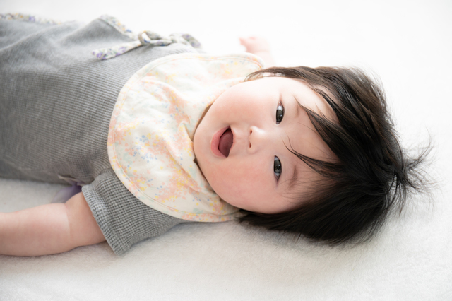 赤ちゃんのよだれかぶれを予防するには?肌のケア方法や衣類の選び方も紹介の画像2