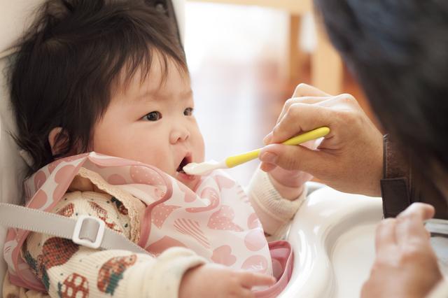 赤ちゃんにミルクはいつまであげる?フォローアップミルクへの切り替えは?の画像2