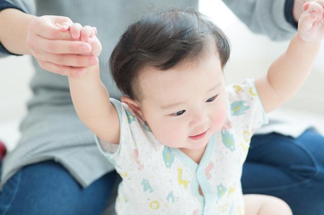赤ちゃんの服装、季節ごとのおすすめは?素材の違いなども解説の画像1