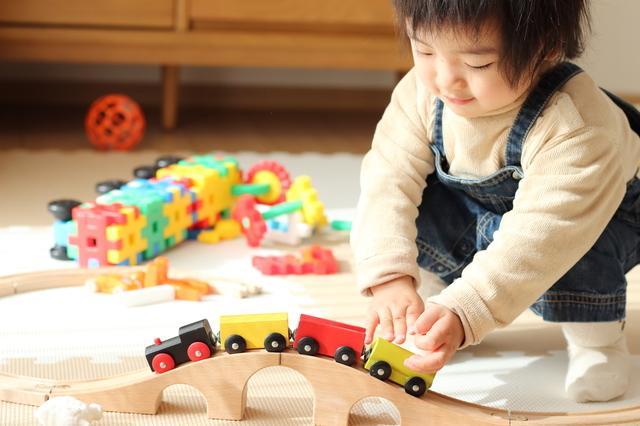 1歳児におすすめの知育グッズ5選!人気のキャラクターや木製おもちゃもの画像2