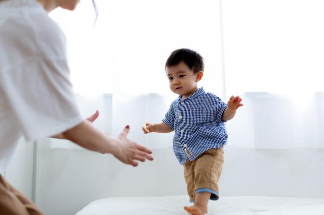 """あんよがはじまる1歳ごろ。""""歩き始め""""の早い、遅いの基準は?の画像2"""