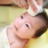 赤ちゃんのお風呂に便利なグッズ5選!ワンオペ育児中にも大活躍のタイトル画像