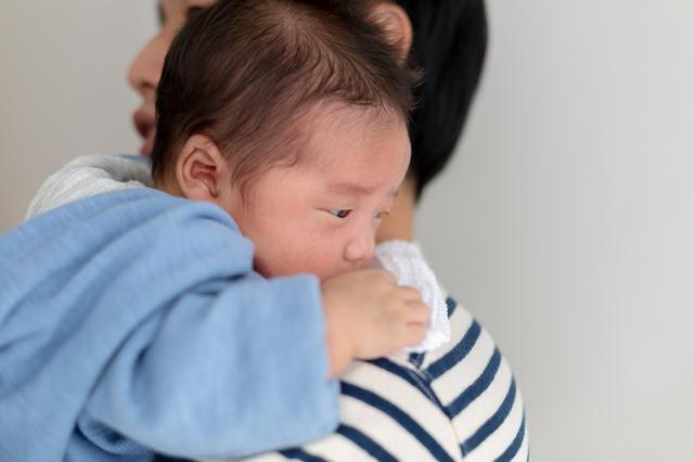 0歳児の授乳、間隔や、回数は?離乳食期はどうする?月齢の目安をご紹介の画像7