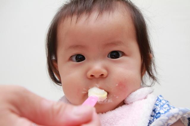 0歳児の授乳、間隔や、回数は?離乳食期はどうする?月齢の目安をご紹介の画像6