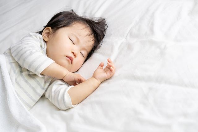 赤ちゃんの睡眠時間は月齢によってどう違う?昼寝のベストな時間とはの画像11