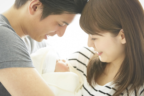 赤ちゃんの睡眠時間は月齢によってどう違う?昼寝のベストな時間とはのタイトル画像