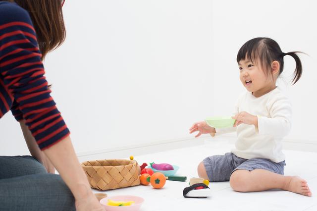 2歳児におすすめの屋内遊びは?雨の日などに家で遊ぶ方法も紹介の画像3
