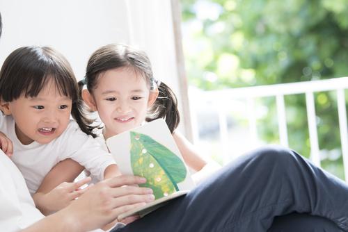 3歳におすすめの絵本は?選び方や男の子、女の子に人気の作品をチェックのタイトル画像