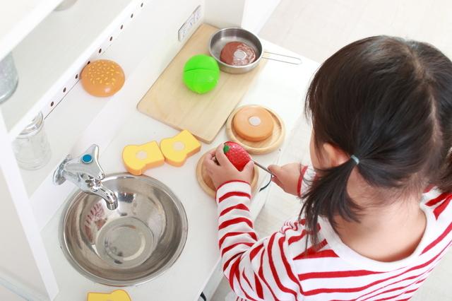 3歳児と室内遊び、何する?楽しいゲームや集団遊びの方法なども紹介の画像2