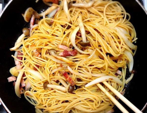 間違いナシの美味しさ!おうちランチでつくりたい、簡単パスタレシピ3選の画像9
