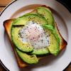 朝ごはんのレパートリーに!手軽で美味しい、トーストレシピ3選のタイトル画像