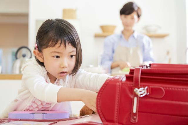 学習机…買う?買わない?第三の選択肢「夫のDIY机」が大成功だったワケの画像1