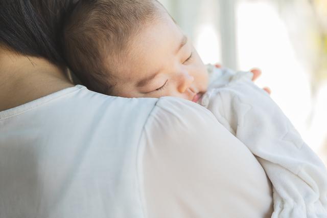 【新生児が寝ない】原因、つらい時に試したい方法は?先輩ママの体験談もの画像3