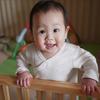生後9ヶ月の発達と発育。離乳食や寝かしつけのコツ、安全対策を紹介のタイトル画像