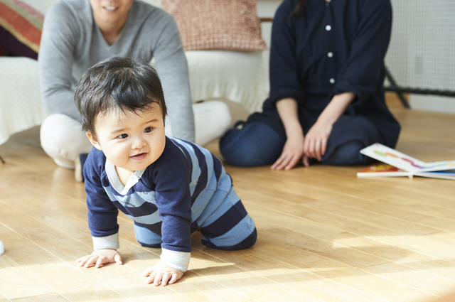 生後9ヶ月の発達と発育。離乳食や寝かしつけのコツ、安全対策を紹介の画像4