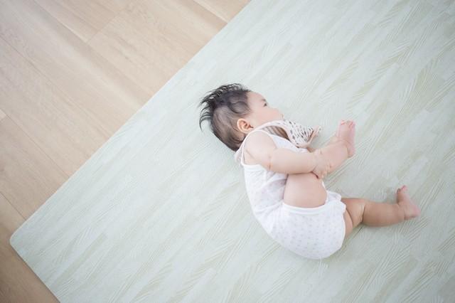生後5ヶ月の発育。離乳食の始め方や寝かしつけのコツ、先輩ママの体験談もの画像1