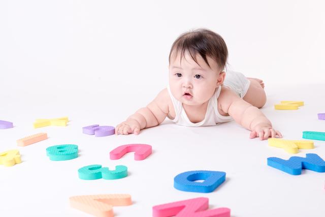 生後6ヶ月の赤ちゃんの発達は?離乳食の始め方や安全対策まで徹底解説!の画像1