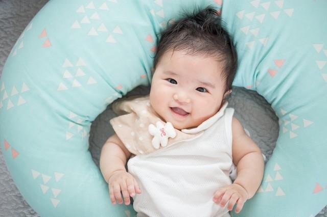 母乳パッドは必要?使い捨て、布製母乳パッドの違いとおすすめ母乳パッド5選の画像1