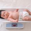 【医師監修】赤ちゃんの体重や身長、月齢別の目安は?体重管理に便利なアプリなども紹介のタイトル画像