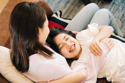 外出自粛で、変化する生活スタイル。新たな親子関係もいい!と思うワケのタイトル画像