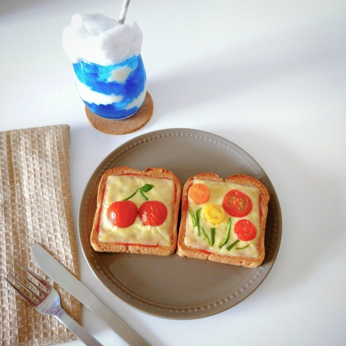 いつものトーストが、ミニトマトで大変身!子どもウケも◎な映えパン特集の画像1