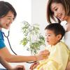小児科には何歳まで通える?受診できる年齢の目安や内科との違いを解説のタイトル画像