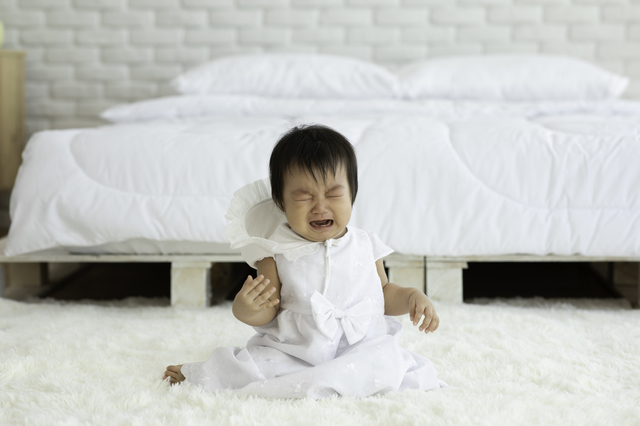 寝ぐずりはいつまで?赤ちゃんの寝ぐずりの原因と対処法をご紹介しますの画像4