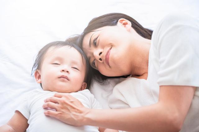 新生児の夜泣きはいつからいつまで?夜泣きが激しい時の原因と対処法を紹介の画像3