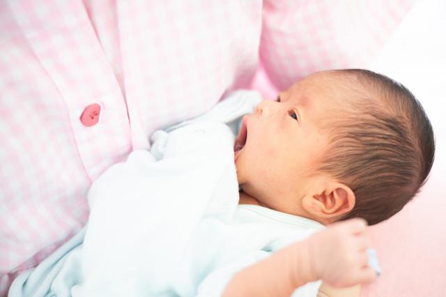 【医師監修】産褥期は頭痛や悪露が長引く?週数別の変化やオススメの過ごし方をご紹介の画像1
