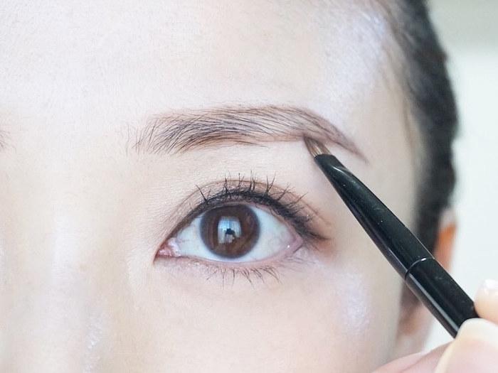 自分に似合う、眉の太さの見つけ方とは…?トレンド眉メイクのポイントも!の画像24